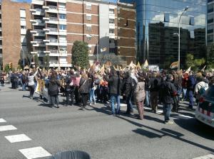 Nombrosos treballadors de TV3 s'han manifestat avui davant de la seu de la CCMA.Font: @tv3teva