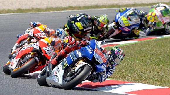 Jorge Lorenzo es va imposar a Dani Pedrosa a la cursa disputada ahir al circuit de Montmeló.
