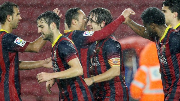 El Barça va guanyar al Llevant per cinc a u enmig d'un fort aiguat.
